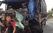 Xe tải tông liên hoàn 2 xe khách, nhiều người bị thương