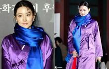 """Lee Young Ae đẹp không góc chết, không hổ danh """"Nữ thần Hanbok"""" khi diện màu áo mà ít người dám mặc"""