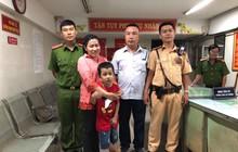 """CSGT giúp tìm cháu bé 7 tuổi đi lạc khi xem """"đi bão"""" sau trận Việt Nam - Malaysia ở Sài Gòn"""