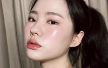 9 sản phẩm rửa mặt được các beauty editor tôn sùng vì làm da đẹp lên trông thấy, trong đó có rất nhiều món quen thuộc