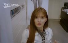 """Tiểu mỹ nhân """"Mây Họa Ánh Trăng"""" Kim Yoo Jung hóa quý cô công sở trong """"Cô Tiên Dọn Dẹp"""""""
