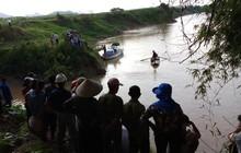 Thi thể học sinh đuối nước sau khi tập văn nghệ ngày 20/11 đã được tìm thấy