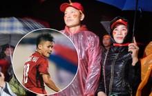 """Mẹ Quang Hải nói về kết quả hòa 2-2 trận chung kết lượt đi AFF Cup: """"Tôi đã dự đoán từ trước, cơ hội chia đều cho hai bên"""""""