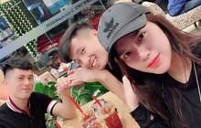 """Dễ thương như Tư Dũng: Đi cắt tóc cùng Đình Trọng nhưng vẫn không quên gửi ảnh """"báo cáo"""" bạn gái"""