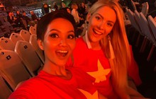 Từng chê bai tiếng Anh của H'Hen Niê, hoa hậu Mỹ bất ngờ mặc áo cờ đỏ sao vàng ủng hộ bóng đá Việt Nam
