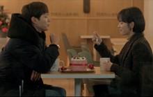 """6 màn """"trả thính"""" đáng yêu hết nấc của chị sếp Song Hye Kyo trong Encounter"""