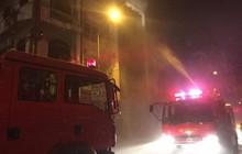 Hà Nội: Cháy quán karaoke lúc đêm khuya ở Nguyễn Khuyến, nhiều khách bỏ chạy