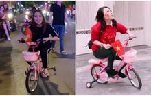 """Cứ mỗi lần Mỹ Tâm """"đi bão"""" là lại thấy đáng yêu, đi siêu xe 4 bánh mini đạp đạp nhìn muốn ná thở!"""