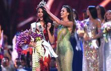 """Chúc mừng Tân Hoa hậu Hoàn vũ, Miss World bị """"ném đá"""" vì từng loại cô và fanpage còn cẩu thả ghi sai thông tin"""