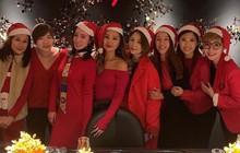 """Chưa tới Giáng sinh, """"Nhàn Phi"""" Xa Thi Mạn đã mở tiệc tưng bừng với hội chị em bạn dì"""