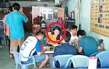 Phan Văn Đức cùng bạn gái tin đồn Ngọc Nữ bị bắt gặp cùng nhau đi ăn ở Sài Gòn