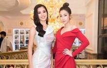 Hoa hậu Đỗ Mỹ Linh lấy trọn ánh mắt người hâm mộ trong trang phục khoe vai trần gợi cảm