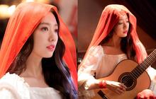 Không được đánh giá cao từ lâu, Park Shin Hye chứng minh đẳng cấp nhan sắc chỉ bằng vài bức ảnh hậu trường