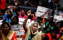 """Vụ án hiếp dâm rúng động Ấn Độ: Cha """"tặng"""" con gái cho 2 người bạn cưỡng hiếp tập thể suốt 18 giờ"""
