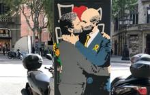 """""""Jose Mourinho ôm hôn Pep Guardiola trên đường phố"""""""