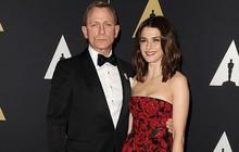 """Gần 50 tuổi, mỹ nhân """"Xác ướp Ai Cập"""" vui mừng vì có thai với tài tử """"Điệp viên 007"""""""