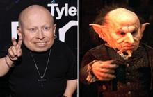 """Diễn viên tí hon trong """"Harry Potter"""" và """"Austin Powers"""" đột ngột qua đời ở tuổi 49"""