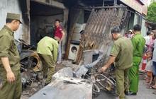 Chùm ảnh: Hiện trường vụ cháy kinh hoàng khiến 3 mẹ con tử vong thương tâm