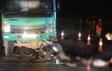 Hiện trường kinh hoàng vụ đâm vào ô tô tải, 4 học sinh tử vong