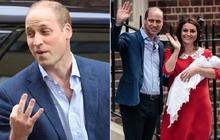 Đây là câu trả lời của Hoàng tử William khi được hỏi về tên của con thứ 3 và bí mật phía sau vẻ rạng rỡ của Công nương Kate ngay sau khi sinh