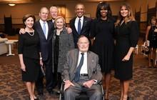 Bức hình 4 cựu tổng thống Mỹ và các đệ nhất phu nhân chụp ảnh cùng nhau được chia sẻ chóng mặt trên mạng xã hội