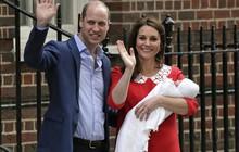 Điều cực kỳ đặc biệt ở chiếc khăn choàng mà Công nương Kate Middleton dùng để quấn tiểu hoàng tử