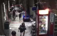 Trung Quốc: Chồng sát hại vợ, ném thủ cấp vào thùng rác sau khi nghênh ngang đi trên phố