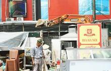 """Hà Nội bắt đầu cưỡng chế 42 cơ sở kinh doanh vi phạm trật tự đô thị trên """"đất vàng"""" Nguyễn Khánh Toàn"""