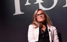 Dõi theo cuộc hành trình của Angela Ahrendts: Từ một cô gái sống ở thị trấn nhỏ, trở thành giám đốc có lương cao nhất Apple, gấp đôi CEO Tim Cook