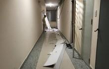 Trần chung cư ở Sài Gòn bất ngờ đổ sập, cư dân phát hoảng đóng cửa không dám ra ngoài