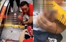 Trung Quốc: Mải mê mua sắm, cha mẹ khiến con bị mắc kẹt trong thang cuốn