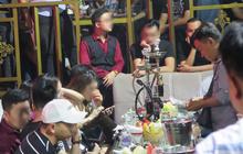 Hàng trăm dân chơi nghi phê ma tuý tháo chạy khi cảnh sát ập vào kiểm tra quán bar ở trung tâm Sài Gòn