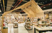 Sài Gòn: Lạc lối trong nhà sách mới toanh rộng thênh thang, có cả chỗ để nằm đọc sách
