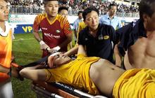 Cầu thủ SLNA đổ máu đầu vẫn vào sân tái chiến HAGL