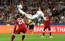 Bale lập siêu phẩm xe đạp chổng ngược, hóa siêu anh hùng trong trận chung kết