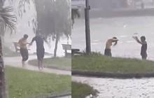 Sự thật clip thiếu nữ ''tắm tiên'' ở hồ Học Viện Nông Nghiệp Hà Nội