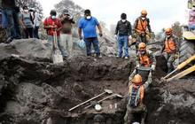 Ảnh: Gian nan tìm kiếm các thi thể bị núi lửa ở Guatemala chôn vùi