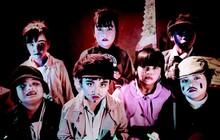 """Cận ngày công chiếu, lũ trẻ kì quặc và đáng sợ của """"Ống Kính Sát Nhân"""" được trình làng"""