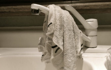 Không phải bồn cầu, cũng không phải bọt biển rửa bát, đây mới là vật dụng bẩn nhất trong nhà của bạn