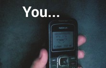 """Trước khi xài smartphone xoành xoạch, 8X - 9X nào cũng từng một thời dán mắt vào chiếc điện thoại """"cùi bắp"""" trắng đen"""