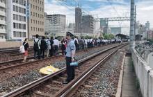 """Tính kỉ luật """"số 1"""" của người Nhật: Động đất 6,1 độ richter, người dân vẫn bình tĩnh xếp hàng để di chuyển về nhà"""