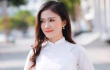 Thành tích học tập khủng của nữ sinh Nghệ An được thầy Phó bí thư cầu hôn ở lễ tốt nghiệp