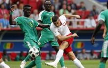 """Hậu vệ """"bóp team"""", Lewandowski """"mất tích"""", Ba Lan thất thủ ngày ra quân World Cup 2018"""