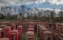 Cuộc hồi sinh từ bãi phế liệu của những bốt điện thoại đỏ - biểu tượng nổi tiếng nước Anh