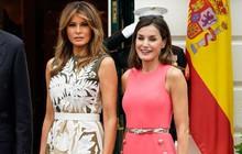 """Sánh bước bên nhau, bà Melania Trump """"vượt mặt"""" Hoàng hậu Letizia về gu thời trang nhờ vào 2 điểm này"""