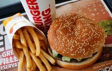 """Burger King Nga bị ném đá dữ dội vì mẩu quảng cáo ăn theo World Cup: """"Có bầu với cầu thủ, ăn đủ Burger King"""""""