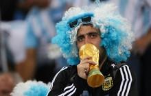 """CĐV Argentina """"tan vỡ"""" sau chiến bại muối mặt của Messi cùng các đồng đội"""