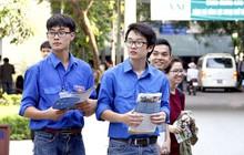 Sinh viên tình nguyện - những người hùng lặng thầm của mùa thi đang bị chúng ta lãng quên và lên án