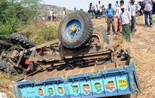 Tai nạn thảm khốc khiến 15 phụ nữ Ấn Độ tử vong