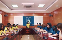 """Bất ngờ với sản phẩm âm nhạc """"cây nhà lá vườn"""" của sinh viên khoa Quốc tế - ĐHQG Hà Nội"""